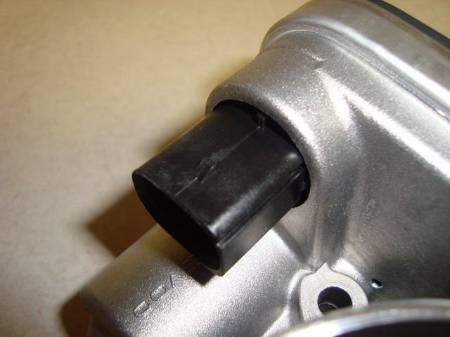 Stupid throttle body connector plug!!! - DodgeTalk : Dodge ...